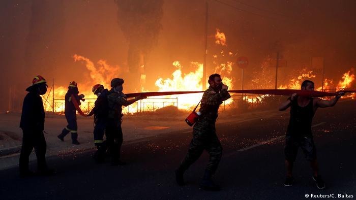 Griechenland Feuer Waldbrände (Reuters/C. Baltas)