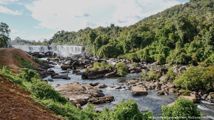 Myanmar dam breach displaces thousands | News | DW | 29 08 2018