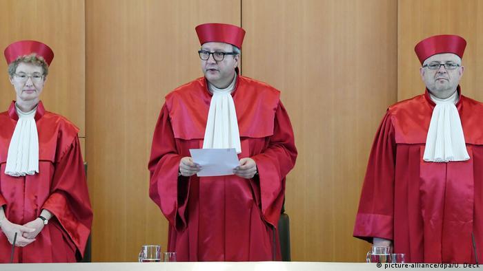 Sędziowie niemieckiego TK w togach