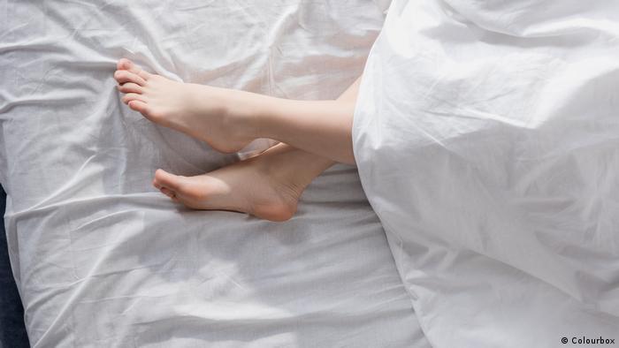 Symbolbild: Nackt schlafen (Colourbox)