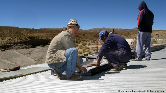 """Con un presupuesto de casi 400 millones de dólares, el parque """"Cauchari Solar"""", que abastece a 100.000 hogares, ocupa 800 hectáreas."""