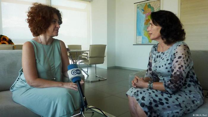 EU-Botschafterin in Tirana Romana Vlahutin