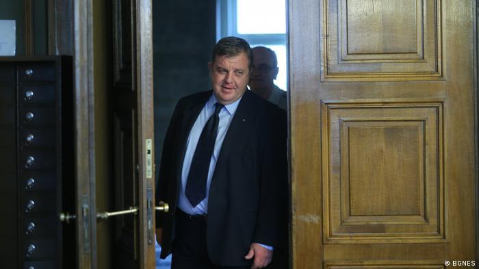 Bulgarien Verteidigungsminister Krasimir Karakachanov (BGNES)