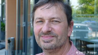 Deutschland   Abschiebung aus Alzey in den Kosovo - Pfarrer Joachim Schuh (DW/O. Pieper)