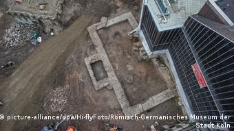 Τα θεμέλια της ρωμαϊκής βιβλιοθήκης στην Κολωνία