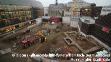 Deutschland Grundmauern der Antoniter-Bibliothek in Köln entdeckt