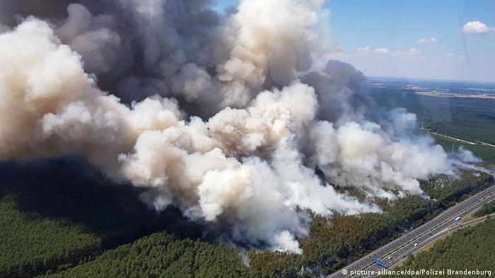 Deutschland Großer Waldbrand bei Potsdam
