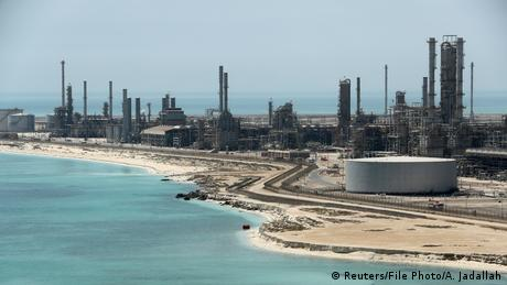 Κλ. Φουστ: Παροδικό φαινόμενο η άνοδος τιμών του πετρελαίου