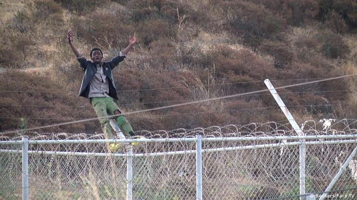 Spanien   Hunderte Migranten stürmen spanische Exklave Ceuta