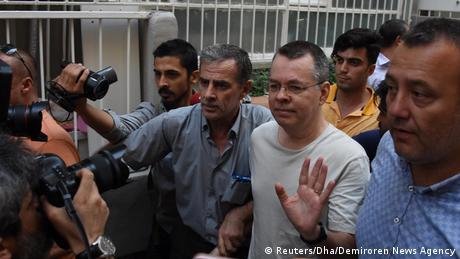 Türkei   US-Pastor Brunson in Hausarrest entlassen (Reuters/Dha/Demiroren News Agency)