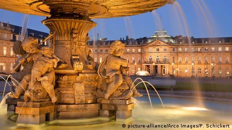Deutschland Stuttgart Schlossplatz & Neues Schloss