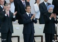 Horst Köhler, Nicolás Sarkozy y Manmohan Singh en París.