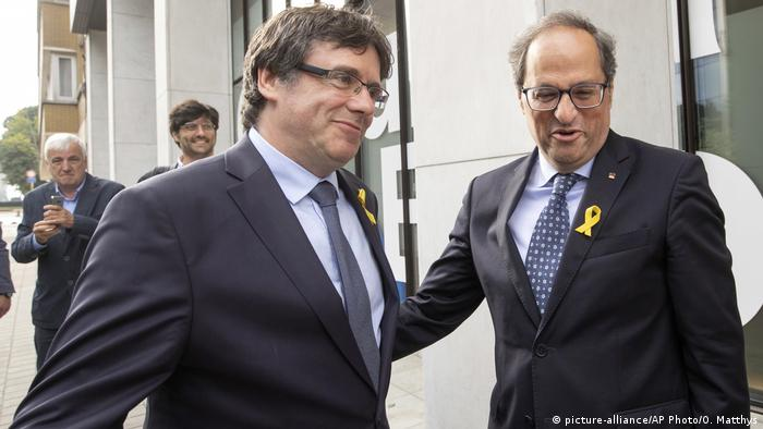 Carles Puigdemont Katalonien (picture-alliance/AP Photo/O. Matthys)