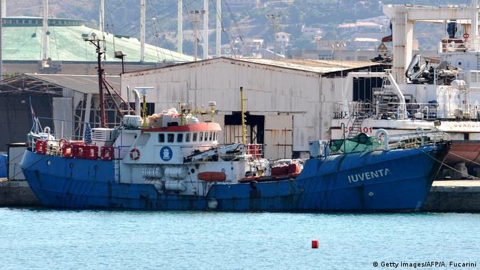 The Iuventa in the port of Trapani (Getty Images/AFP/A. Fucarini)