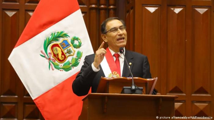 Peru - Präsident Vizcarra - Nationalfeiertag in Lima (picture alliance/dpa/AA/Presidencia)