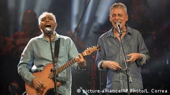 Gilberto Gil y Chico Buarque.