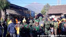 Indonesien Lombok Reetungsaktion für Wanderer