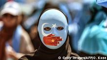 Türkei Protest vor der Botschaft Chinas in Istanbul | Solidarität mit Uiguren