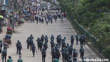 Bangladesch Dhaka - Proteste nachdem zwei Studenten bei Straßenunfällen starben