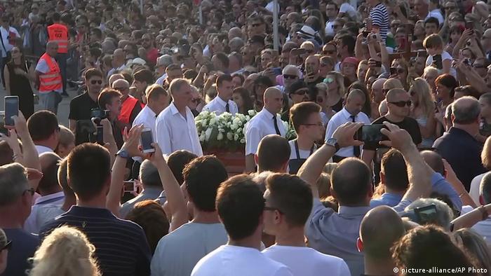 Kroatien Split Abschied von Oliver Dragojevic (picture-alliance/AP Photo)