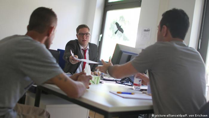 پرونده پناهجویان پذیرفته شده در آلمان مجددا بررسی میشود