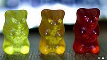 Drei Gummibärchen von Haribo