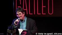 Spanien, Madrid: Luis García Montero liest anlässlich des 10. Todestages von Angel Gonzales
