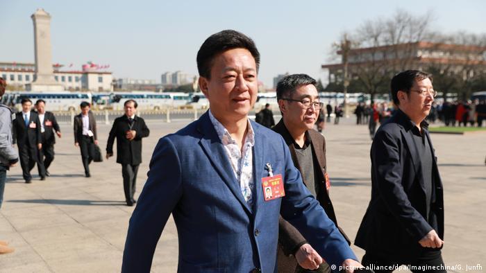 China TV Star Zhu Jun