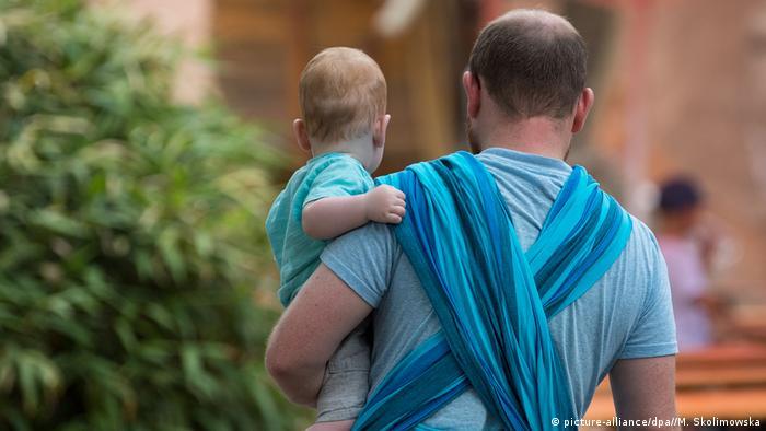 Отец с ребенком в Дрездене