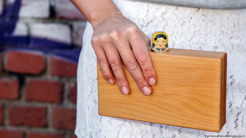 Почему девушку не берут на работу работа в покров