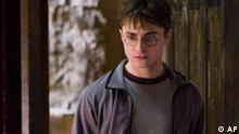 In this image released by Warner Bros., Daniel Radcliffe is shown in a scene from Harry Potter and the Half-Blood Prince. (AP Photo/Warner Bros., Jaap Buitendjik) ** NO SALES **