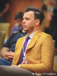 Irakischer Journalist und Aktivist Sakar Al-zakaria (Sakar Al-zakaria)