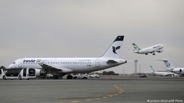 Iran Flughafen Teheran Iranian Mahan Air Iran Air (picture alliance/AP Photo)