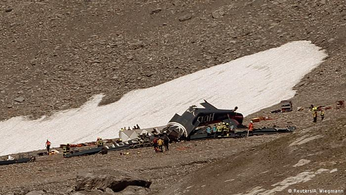 Wreckage of Ju-52 at the scene of the crash