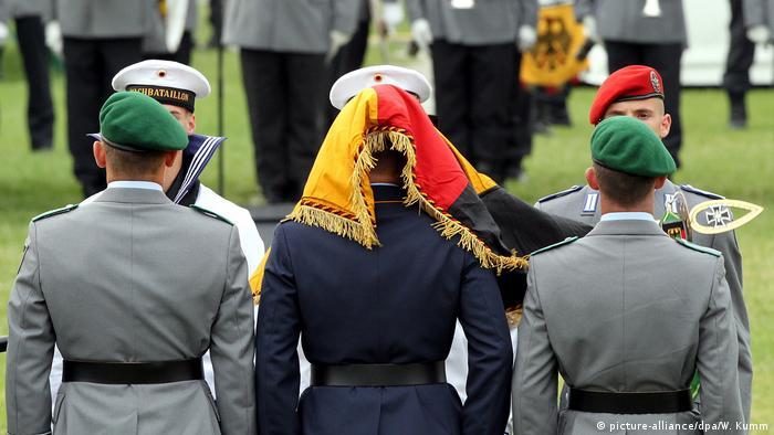 Deutschland Diskussion über Wehrpflicht