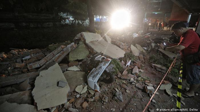 Indonesien nach dem Erdbeben in Lombok (picture-alliance/AA/J. Delita )