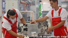 Ungarn Audi eröffnet E-Motor Produktion
