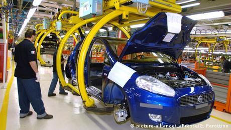 DW: Η ιταλική βιομηχανία επιστρέφει βήμα-βήμα στην κανονικότητα