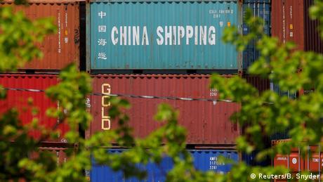 Τραμπ: Χιονοστιβάδα δασμών σε κινεζικά προϊόντα