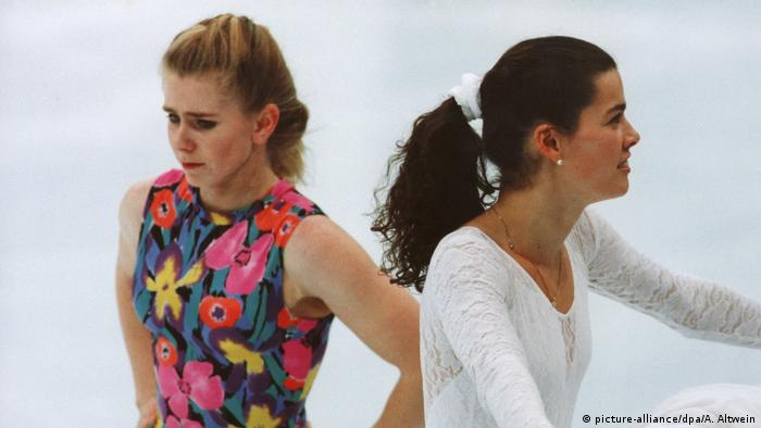 Nancy Kerrigan und Tonya Harding (picture-alliance/dpa/A. Altwein)