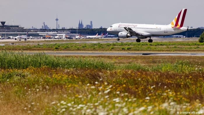 Germanwings-Flugzeug (picture-alliance)