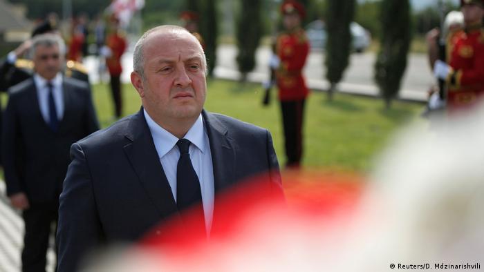 Georgien gedenkt Opfern des Krieges mit Russland vor zehn Jahren | Präsident Margvelashvili