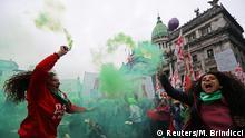 Debatte um Legalisierung der Abtreibung im argentischen Parlament - Protest