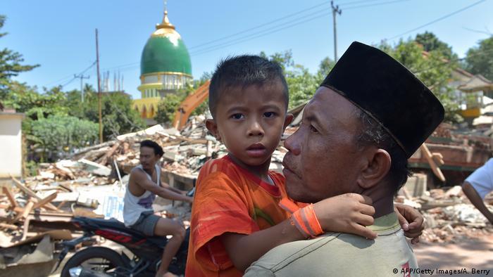 Starkes Nachbeben auf Lombok