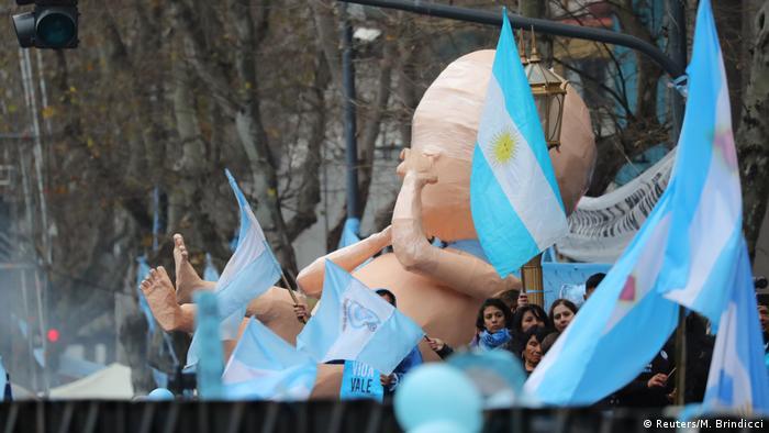Pro Life-Aktivisten protestieren gegen die Entkriminalisierung von Abtreibung in Argentinien