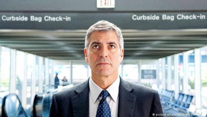 George Clooney en una imagen de la película Amor sin escalas.