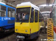 Куплений німецький трамвай у депо Львова