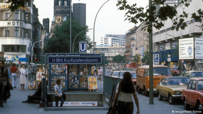 West Berlin shopping boulevard Kurfürstendamm in 1980