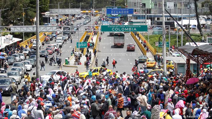 Venezulaner fliehen nach Ecuador