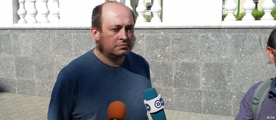 Paulyuk Bykowski trabalha como jornalista para a redação russa da DW